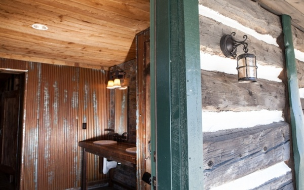 Broadmoor-Fishing-Camp-Cabin-Lighting