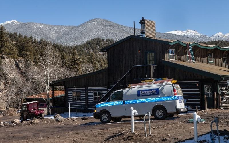 Broadmoor-Fishing-Camp-Mountain-View